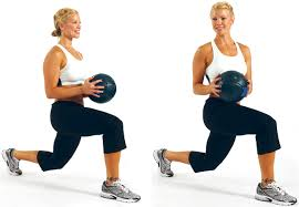 walking lunge twist